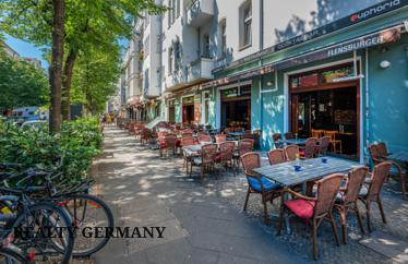 3 room buy-to-let apartment in Friedrichshain, 77 m²