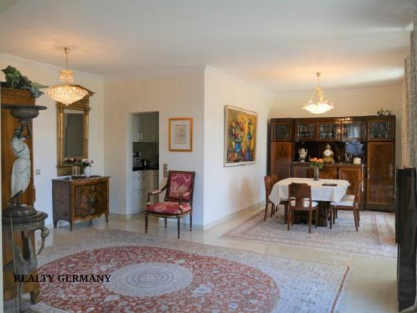 5 room apartment in Baden-Baden, 195 m², photo #2, listing #73165008