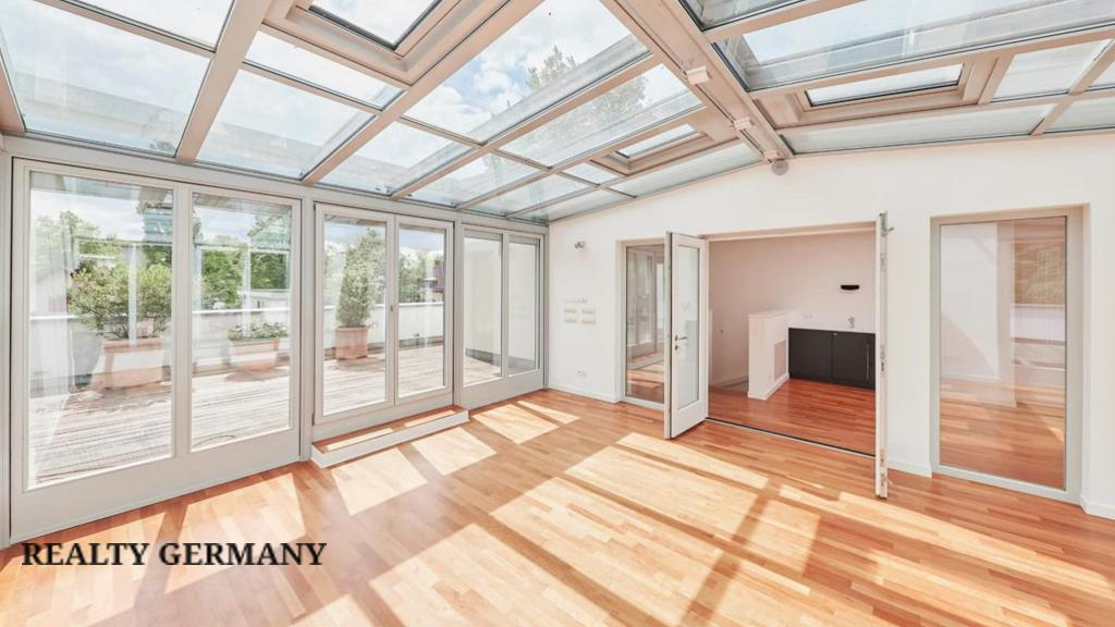 7 room penthouse in Charlottenburg-Wilmersdorf, 250 m², photo #2, listing #79056180