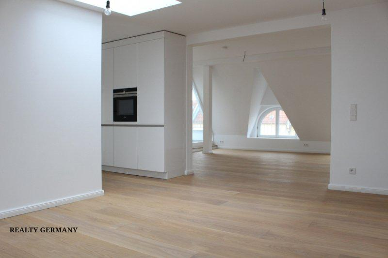 3 room penthouse in Friedrichshain, 143 m², photo #3, listing #81354756