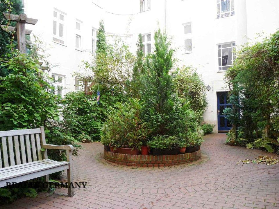 Buy-to-let apartment in Charlottenburg-Wilmersdorf, photo #2, listing #81322122