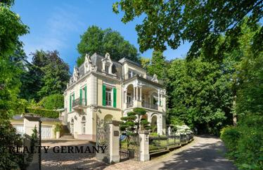 10 room villa in Baden-Baden, 430 m²