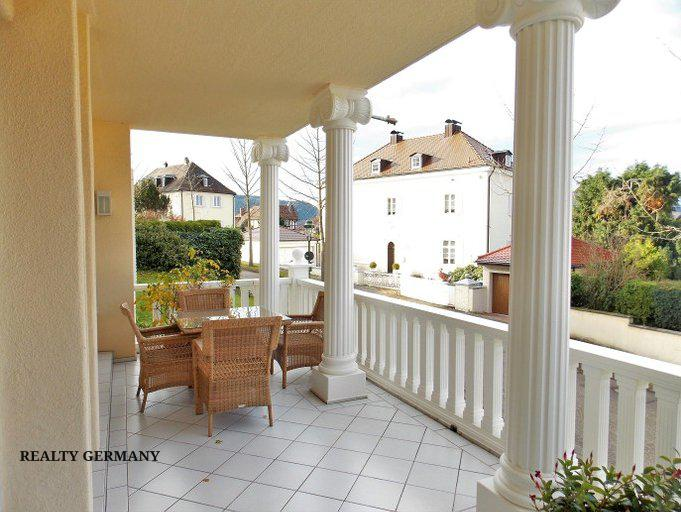 6 room apartment in Baden-Baden, 215 m², photo #2, listing #74926404