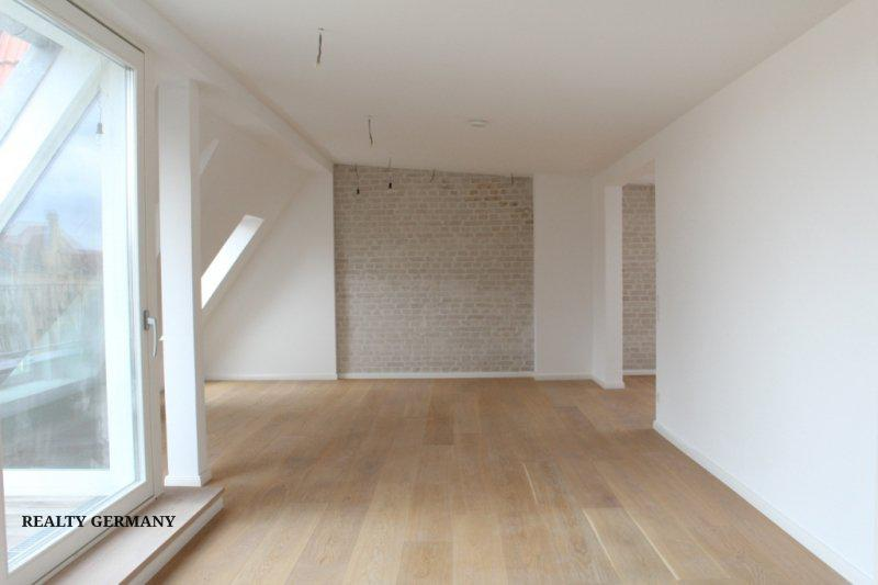 3 room penthouse in Friedrichshain, 143 m², photo #2, listing #81354756