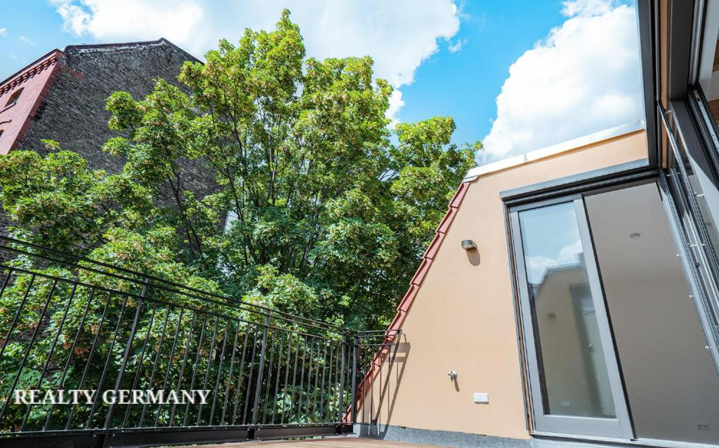 Apartment in Friedrichshain-Kreuzberg, photo #7, listing #81314394