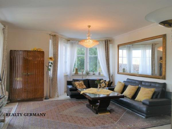 5 room apartment in Baden-Baden, 195 m², photo #1, listing #73165008